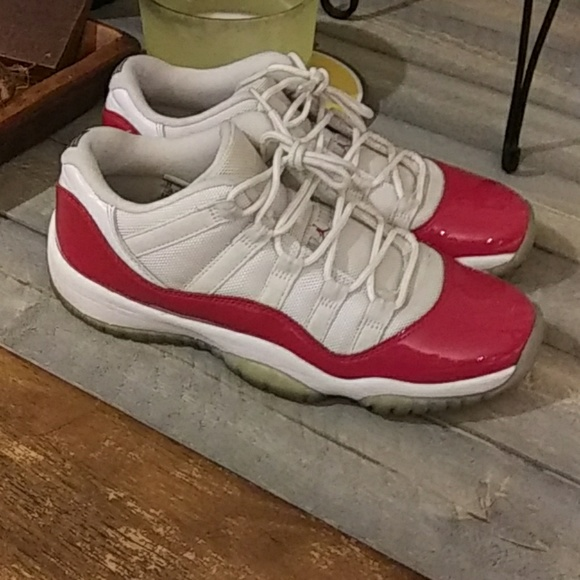 Air Jordan 1 Retro Low Gs Cherry Red